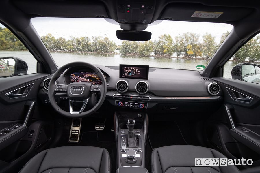 Plancia strumenti abitacolo Audi Q2