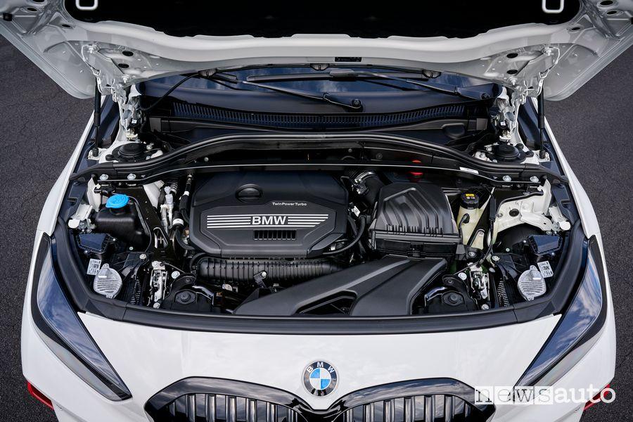 Vano motore 2.0 TwinPower Turbo da 265 CV BMW 128ti