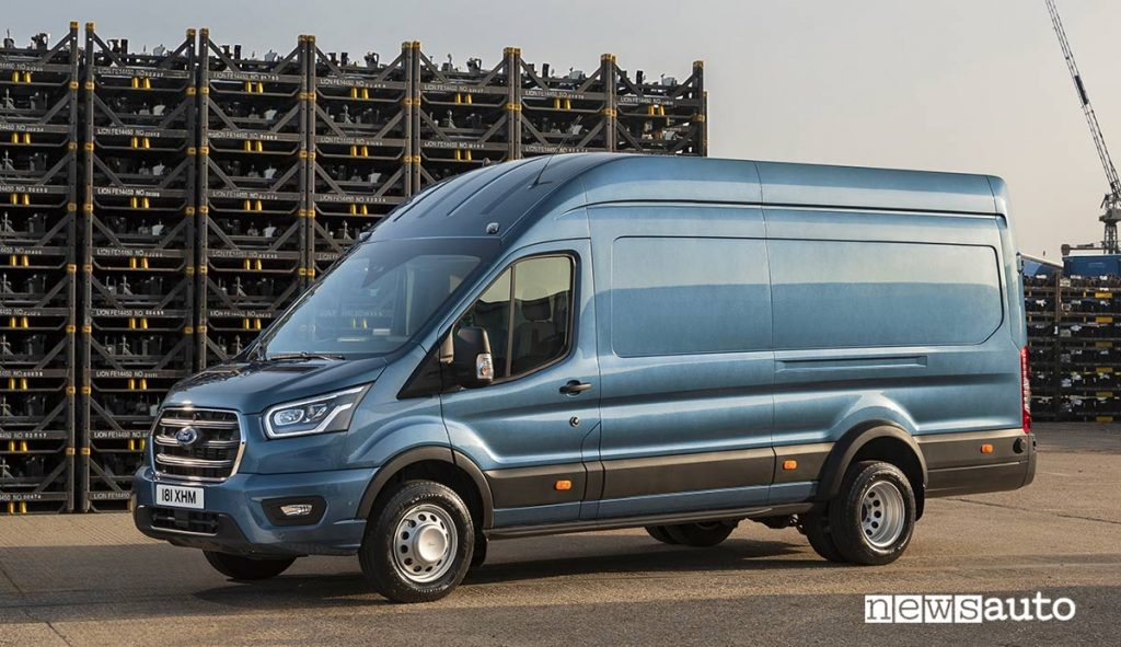Il Ford Transit 5 t, 50 quintali novità 2020 per il trasporto di merce pesante