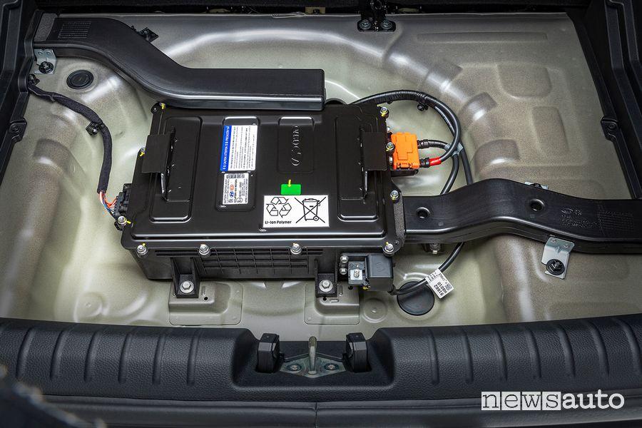 Batteria al litio a 48 V Kia Stonic GT Line ibrida mild-hybdrid MHEV