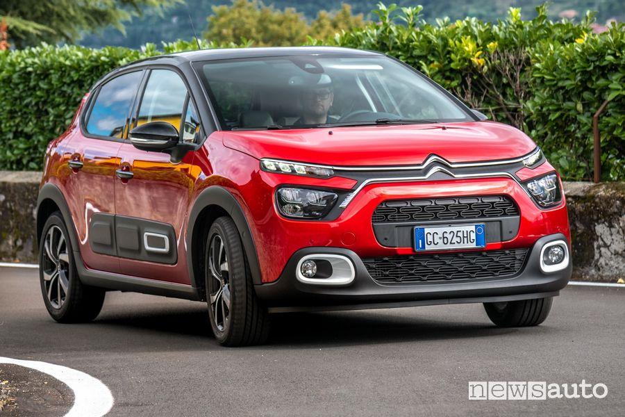 Nuova Citroën C3 inserimento in curva