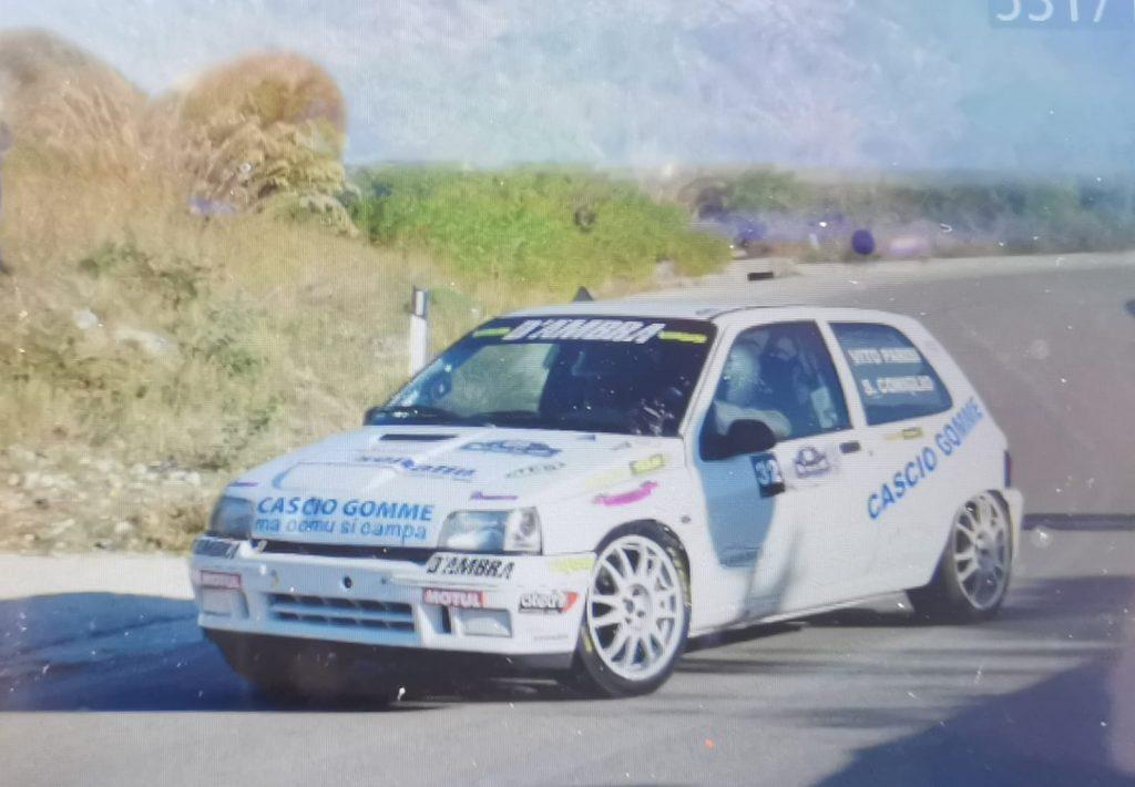 Renault Clio Williams impegnata al rally in Sicilia