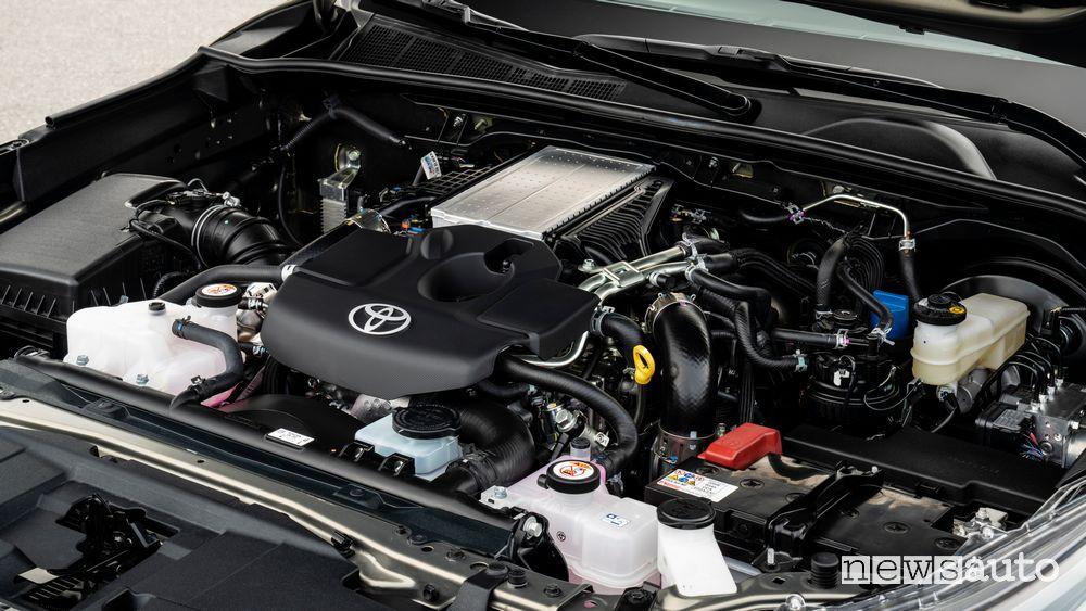 Vano motore Toyota Hilux Invincibile su strada