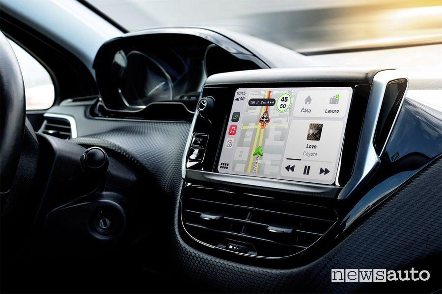 App COYOTE compatibile con CarPlay e Mirrorlink