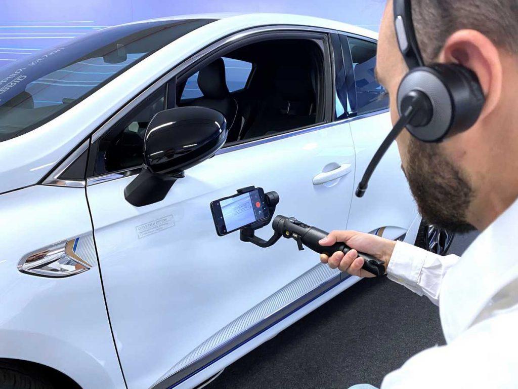 Tour virtuale in concessionaria auto nello Showroom di Renault