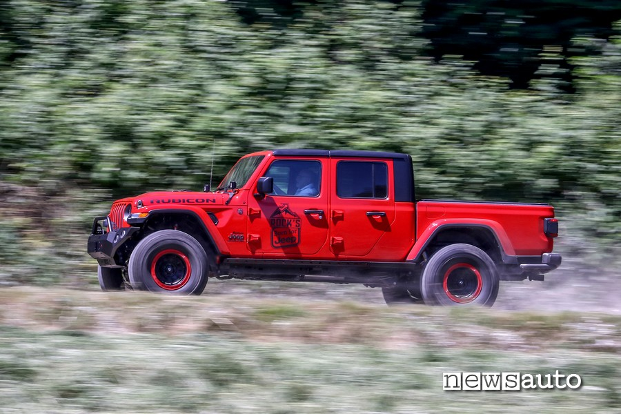 fiancata laterale jeep rubicon gladiator JT