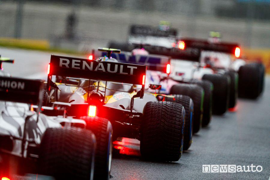 Orari Gp Turchia F1 2021, partenza con pneumatici da bagnato