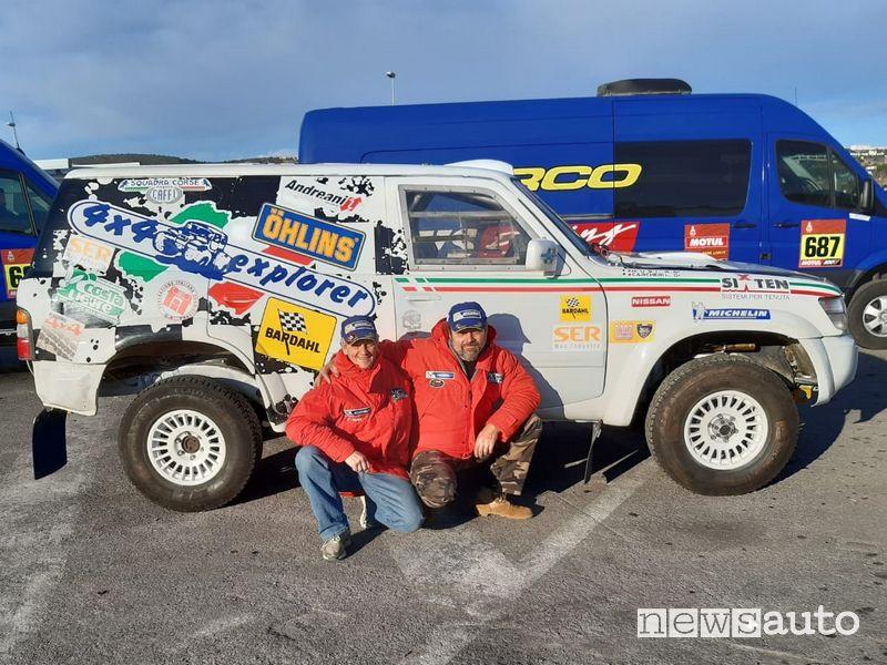 Luciano Carcheri e Roberto Musi con la Nissan Patrol al via della Dakar Classic