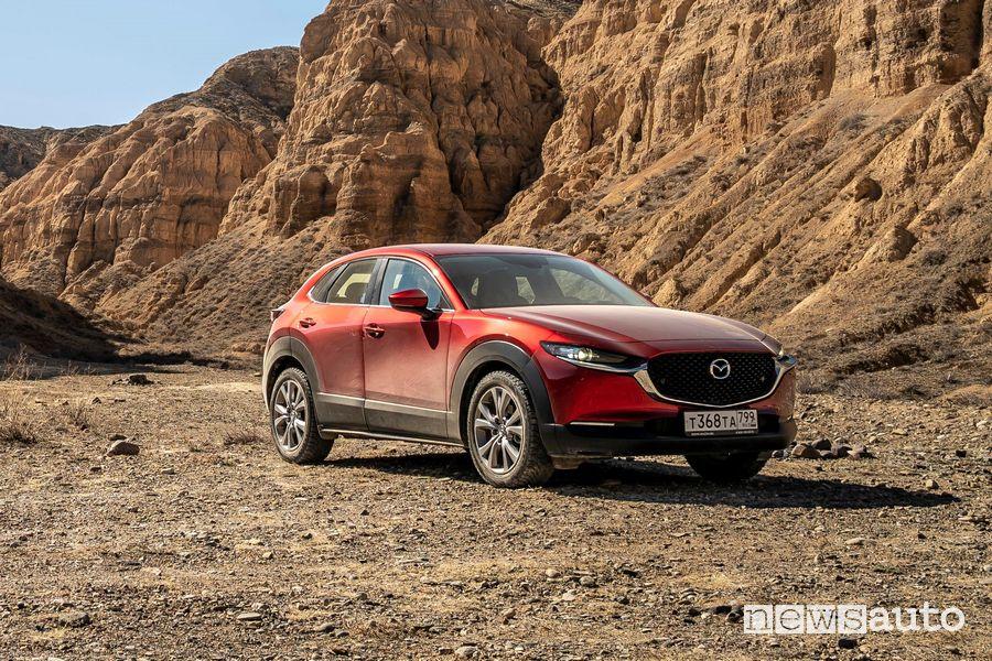 Viaggio Kazakhstan Epic Drive con la Mazda CX-30 nel Charyn Canyon
