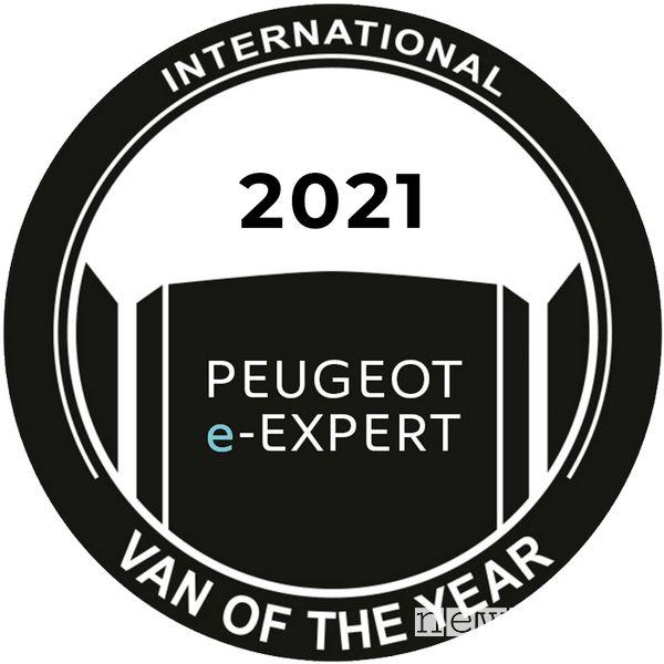 "logo  scritta ""International Van of the Year"