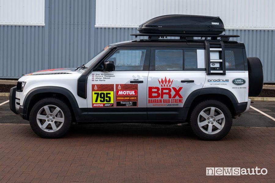 Land Rover al via della Dakar 2021 con due Defender 110 mild-hybrid di supporto al team BRX
