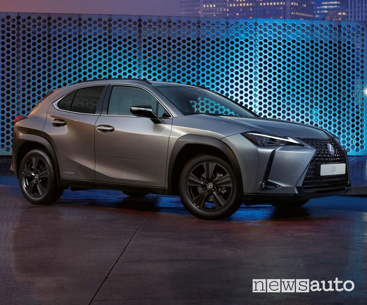 Visa di profilo Lexus UX Hybrid F-Sport