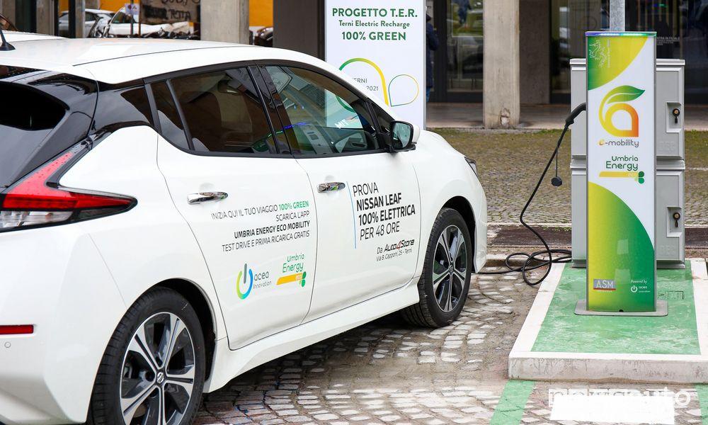 Colonnine auto elettriche, ricarica per Nissan Leaf a Terni