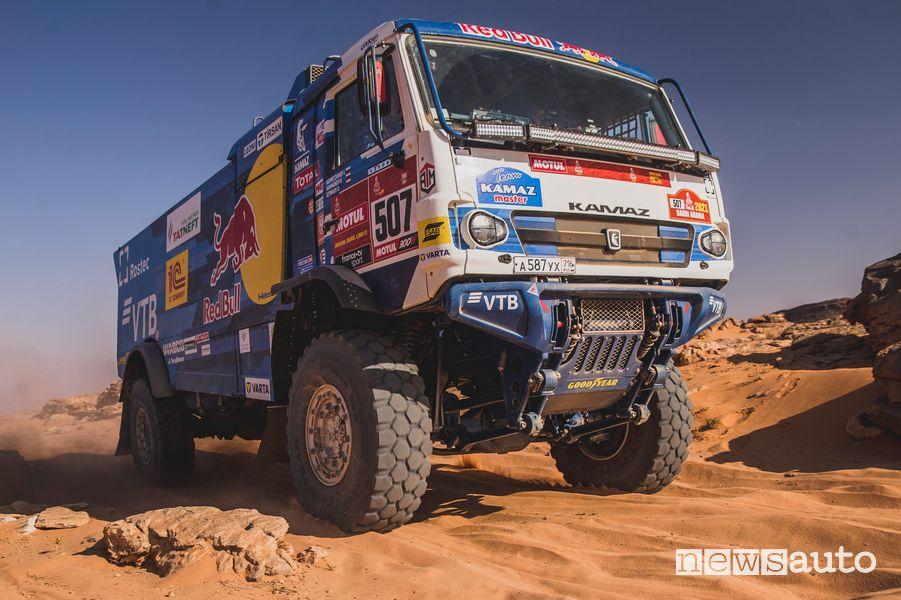 Dmitry Sotnikov su Kamaz 43509 vince la Dakar 2021 fra i camion