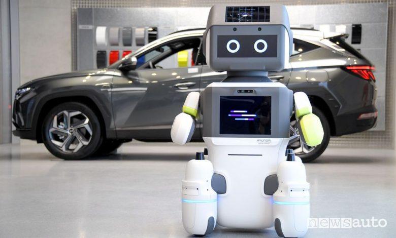 Robot per l'accoglienza nella concessionarie Hyundai