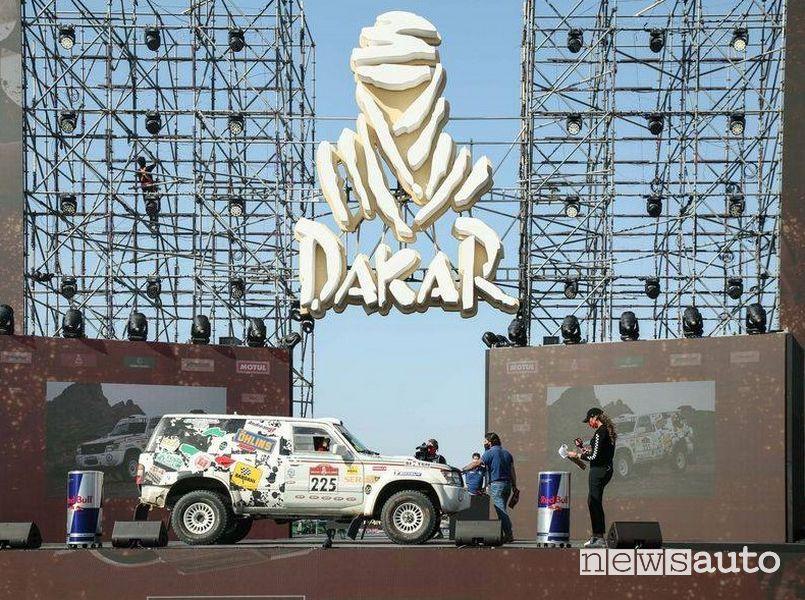 Nissan Patrol di Luciano Carcheri e Roberto Musi traguardo Jedda Dakar Classic 2021