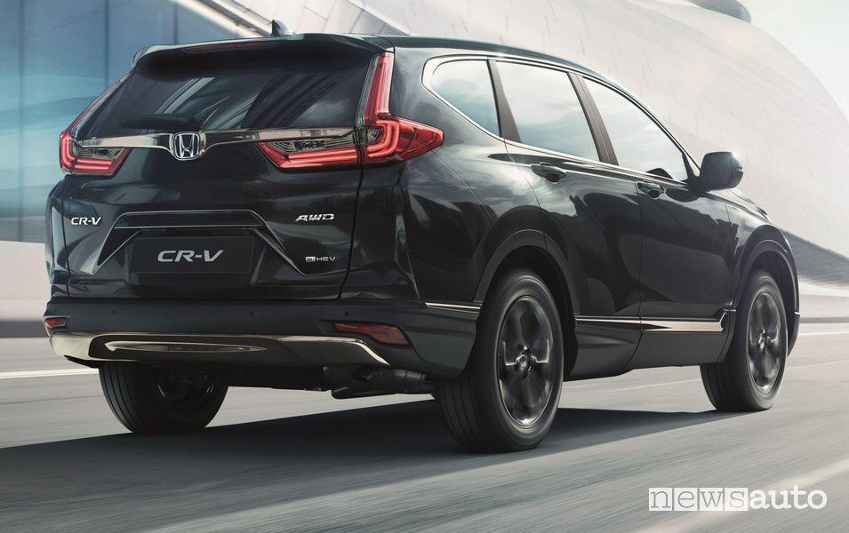 Vista posteriore Honda CR-V e:HEV Sport Line su strada