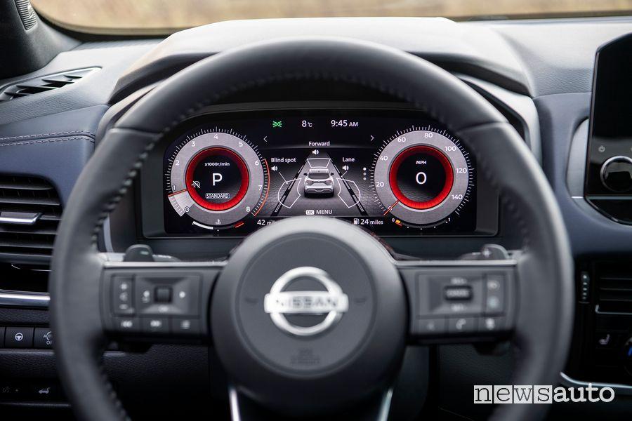 Quadro strumenti digitale abitacolo nuovo Nissan Qashqai