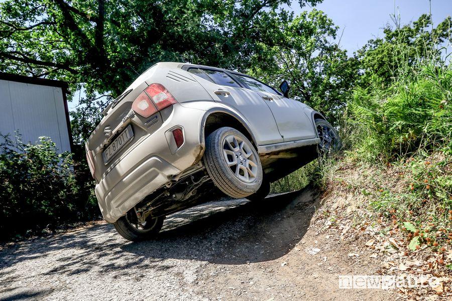 Suzuki Ignis Hybrid All Grip in twist