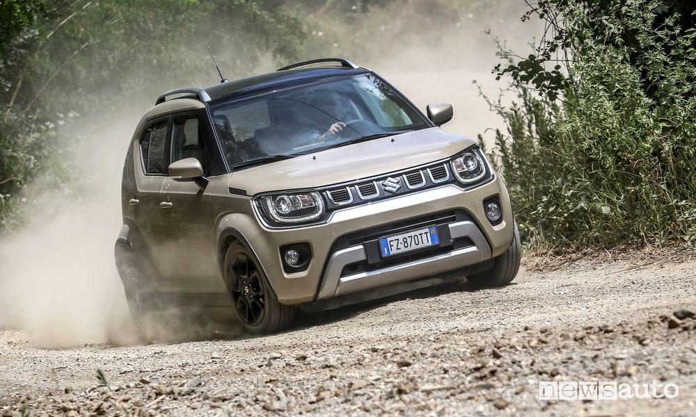 Suzuki Ignis Hybrid, prova in fuoristrada e caratteristiche