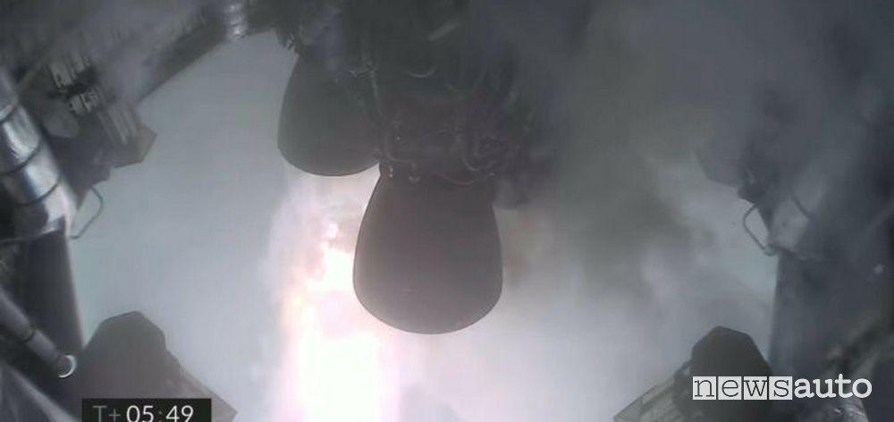 Il momento dell'esplosione del razzo di Elon Musk, l'SN11, il quarto incidente consecutivo