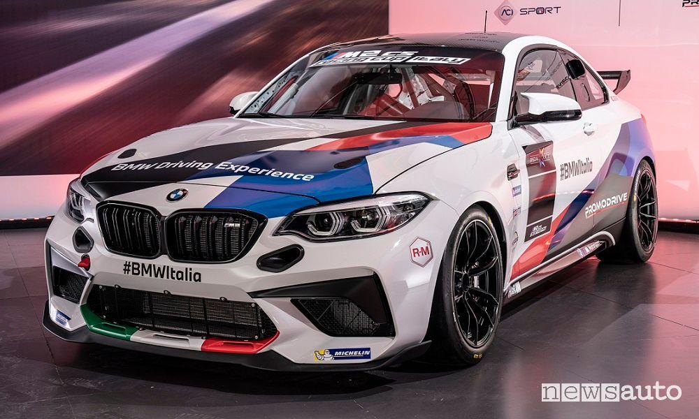 Vista di profilo BMW M2 CS Racing Cup