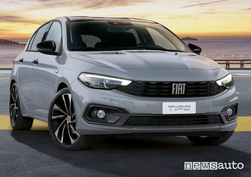 Vista anteriore nuova Fiat Tipo City Sport