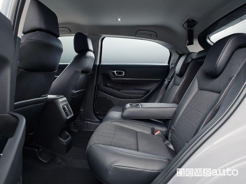 Sedili posteriori abitacolo nuovo Honda HR-V e:HEV