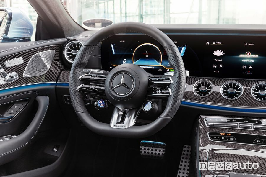 Volante sportivo abitacolo Mercedes-AMG CLS 53 4MATIC+