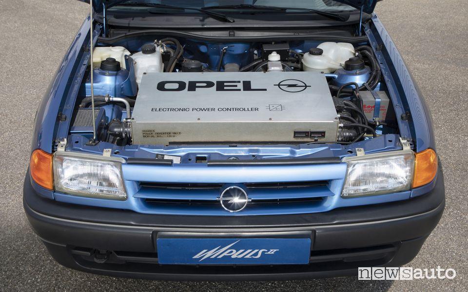 Vano motore auto elettrica storica Opel Impuls 2 del 1991