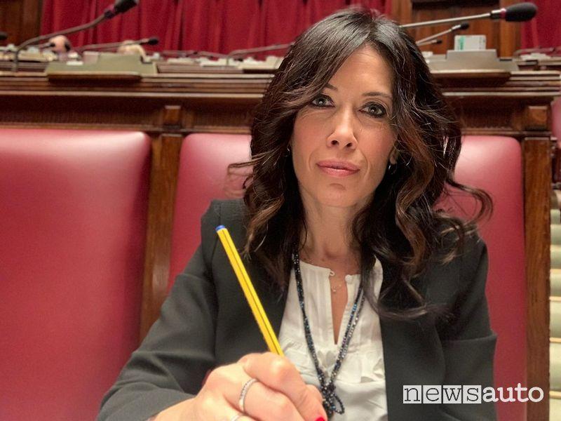 Manuela Gagliardi con un emendamento ha proposto l'abolizione del superbollo