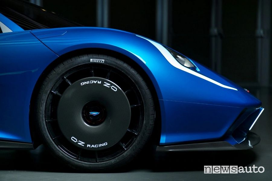 Cerchi anteriori OZ Racing Automobili Estrema Fulminea