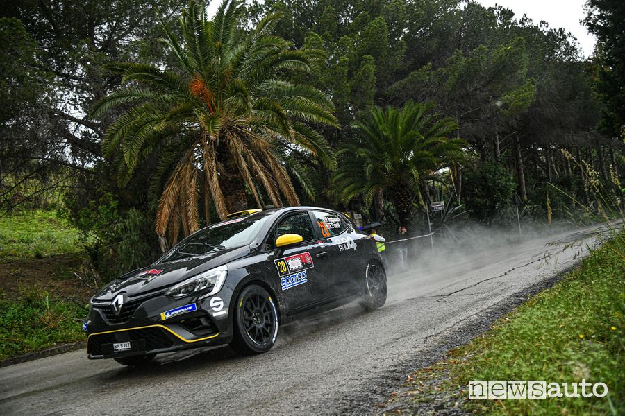 Rally Targa Florio 2021, Andreucci con Renault nel Due Ruote Motrici