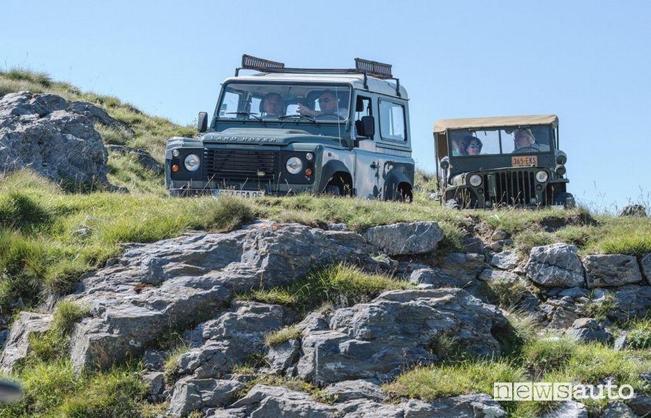 Percorsi in fuoristrada strade bianche in Piemonte  (Land Rover Defender e vecchia Jeep)