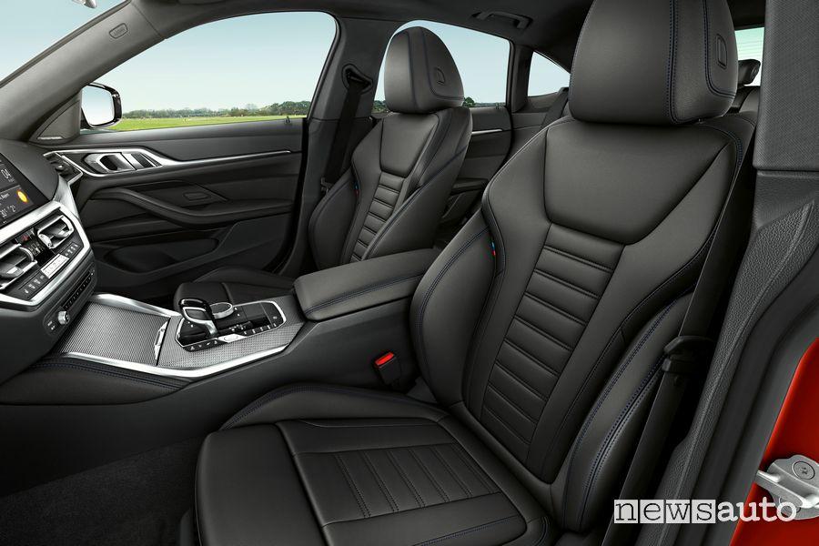 Sedili anteriori abitacolo BMW Serie 4 Gran Coupé M440i xDrive