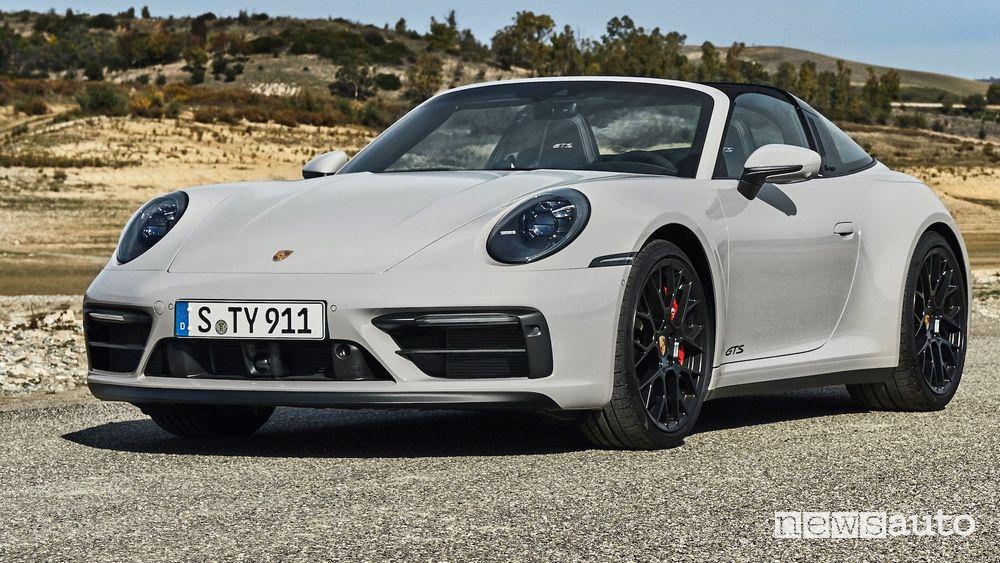 Vista di profilo nuova Porsche 911 Targa GTS