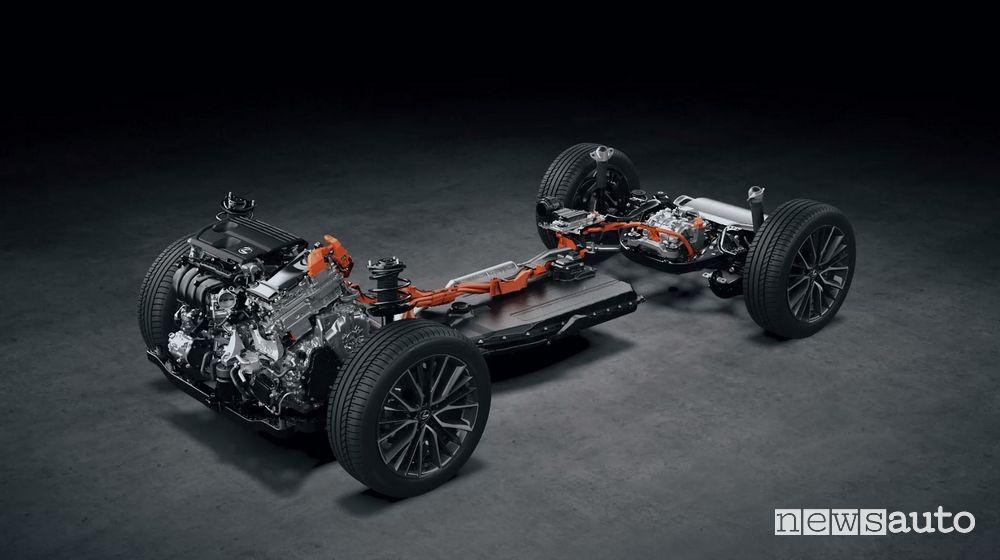Piattaforma TNGA-K con trazione ibrida plug-in nuovo Lexus NX 450h+