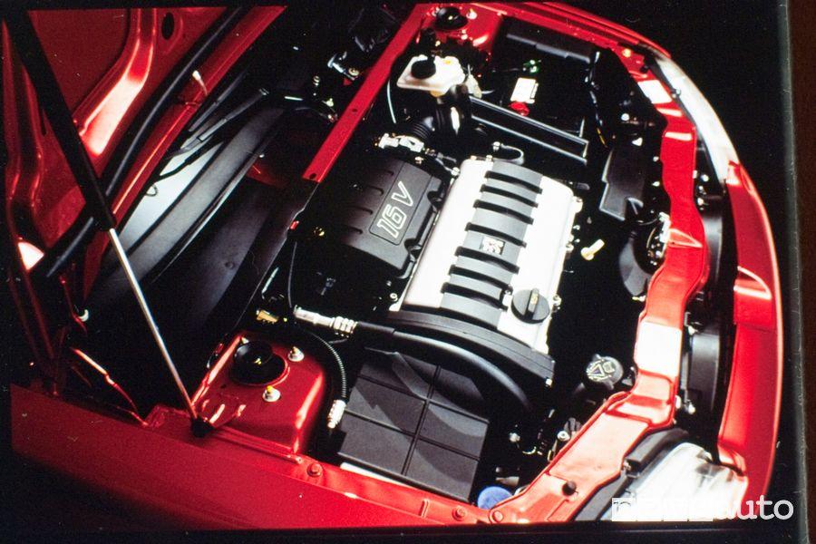 Vano motore Peugeot 106 GTI del 1996