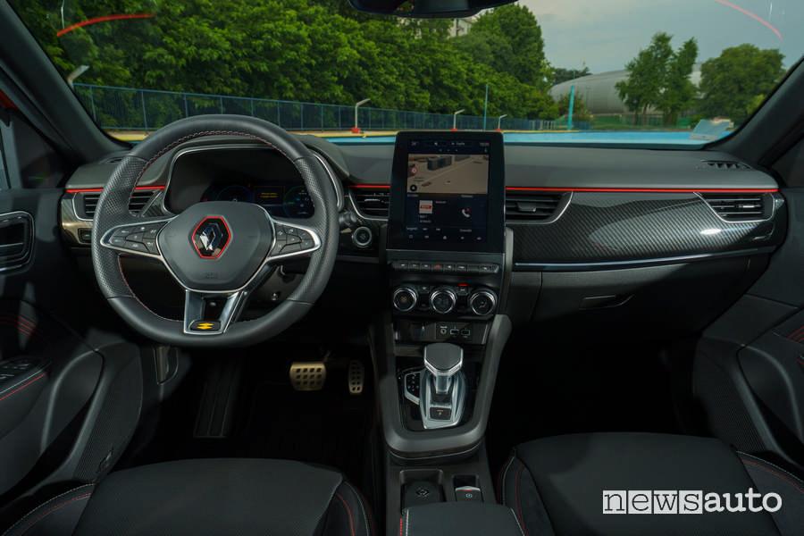 Interni Renault Arkana E-TECH