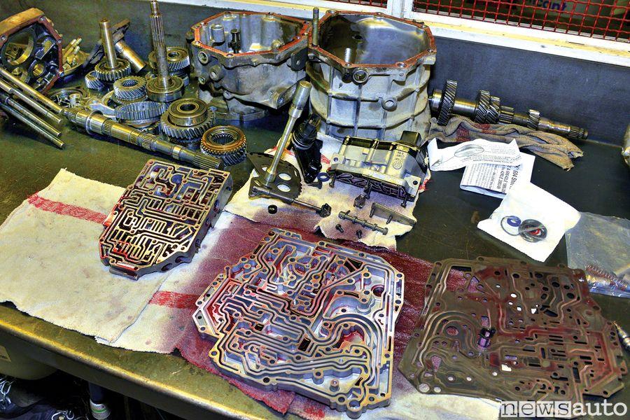 Cambio automatico come è fatto i componenti interni