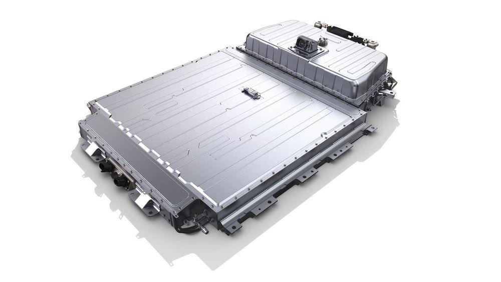 Nel 2030 Renault introduce nuove batterie allo stato solido