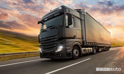 Camion ad idrogeno e metanolo, il futuro dei trasporti merce