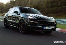 Nuova Porsche Cayenne, giro record al Nürburgring [video]