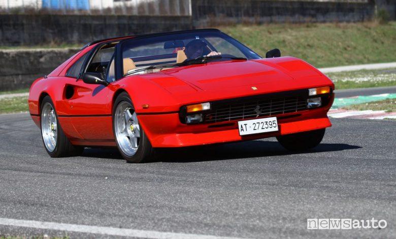 Ferrari Magnum P.I., provata in pista la 308 GTS di Tom Selleck