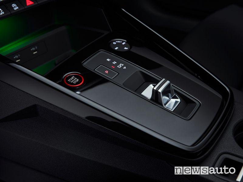 Selettore cambio automatico nuova Audi RS 3 Sedan