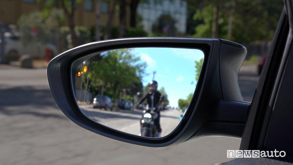 Avviso angolo cieco nuova Hyundai Bayon
