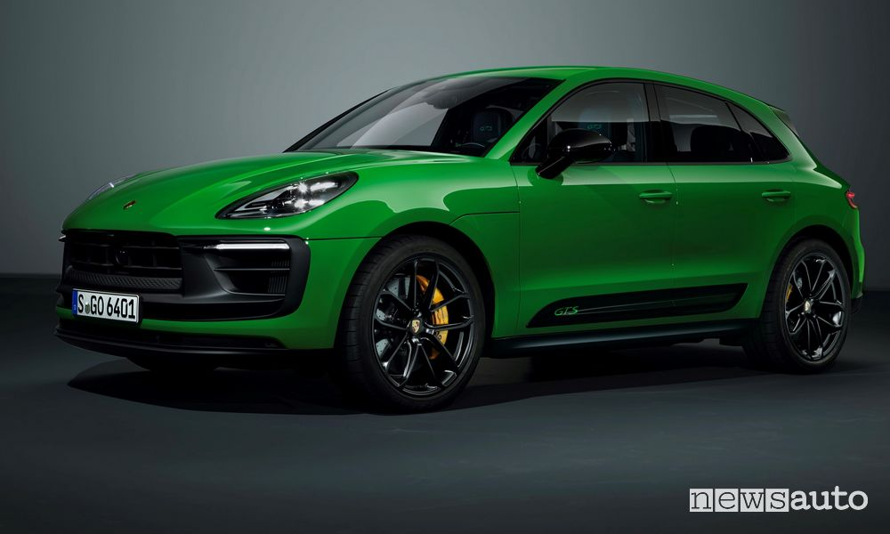 Vista di profilo Porsche Macan GTS