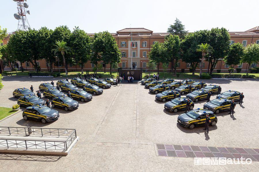 Flotta Peugeot e-208 elettriche alla Guardia di Finanza presso il Comando Generale del Corpo di Roma