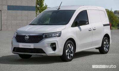 Nuovo furgone Nissan Townstar, benzina e 100% elettrico, caratteristiche