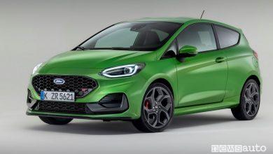 Vista di profilo nuova Ford Fiesta ST